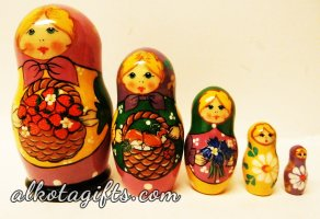Alkota Russian Genuine Collectible Nesting Doll Cats 4.5